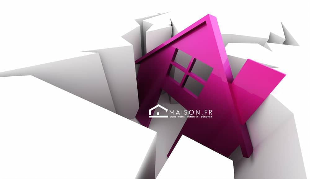 Pink house on crack, business symbol rendered