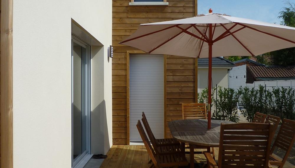 maison moderne terrasse teck