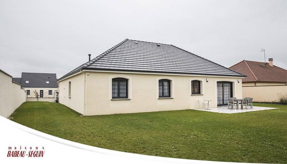 Free exterieur arriere plan en l sauvetiere with plan for Plan exterieur maison