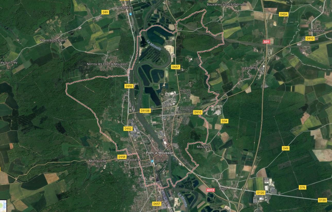 Terrain De 1065 M 178 224 Pont 224 Mousson 54