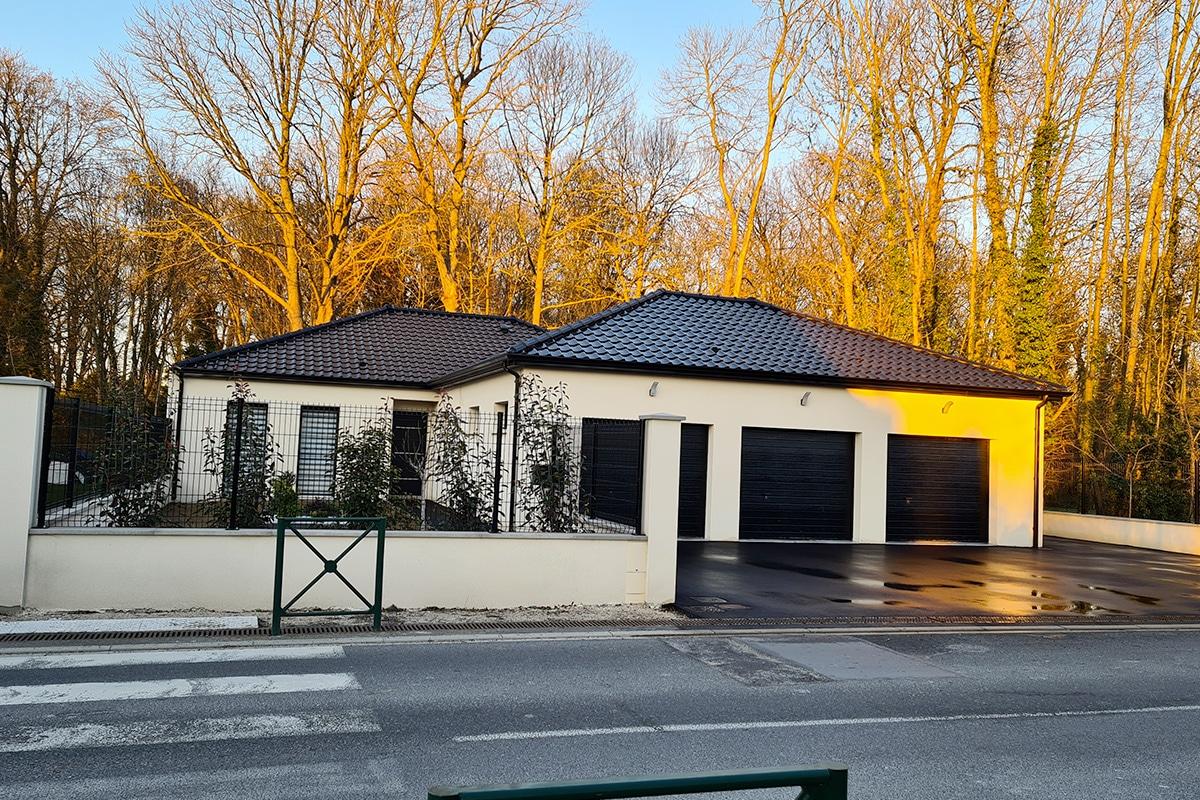 triple garage maison moderne rethel